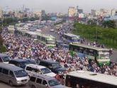 Chống ùn tắc giao thông đô thị ở Hà Nội: Cần giải pháp đồng bộ